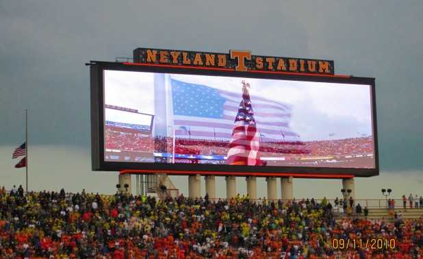 Tennessee 2009 End Zone911